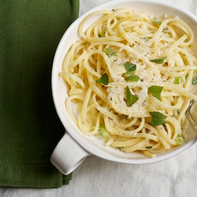 Creamy Linguine with Mint, Thyme, and Lemon