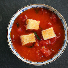 Stewed Tomatoes with Butter Toasted Croutons
