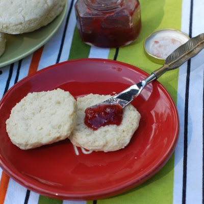 Veganized Old-Fashioned Biscuits