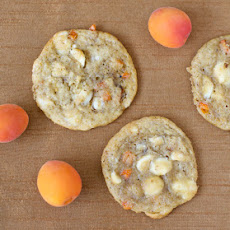 Fresh Apricot and White Chocolate Cookies