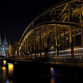 Hohenzollernbrücke und Dom by Jürgen Pubanz - City,  Street & Park  Skylines ( nachtaufnahme, koelner dom, dom, köln, hohenzollernbrücke )