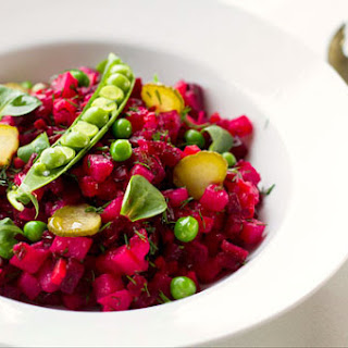 Ukrainian Vinegret – cooked beetroot vegetable salad
