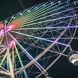Sky eye by Allen Villaflor - City,  Street & Park  City Parks ( ferris, tagaytay, park, wheel, street, sky eye, sky ranch, city, ferris wheel )