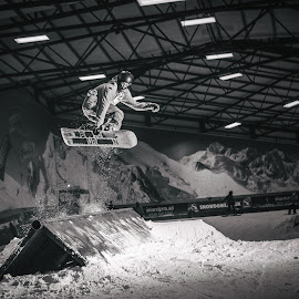 Snowdome Freestyle Snowboarding by Paul Clark - Sports & Fitness Snow Sports ( extreme sports, tamworth snowdome, indoor, tricks, black and white, burton, sport, grabs, winter, snow, rail, freestyle, snowboarding, ramps, snowboarder )
