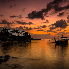 Time to back home by Jee Cornelius - Transportation Boats ( clouds, afternoon, silhouette, sunset, boat )