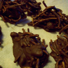 Peanut Butter Chocolate Clusters