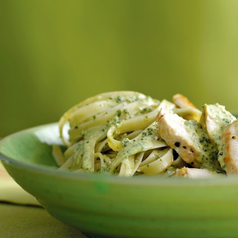 Chicken Fettuccine with Pesto Cream Sauce