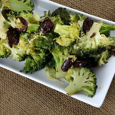Broccoli with Black Olives, Garlic and Lemon