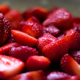 strawberry by Pedrov Twix - Food & Drink Fruits & Vegetables ( new, nature, fresh, food, strawberry )