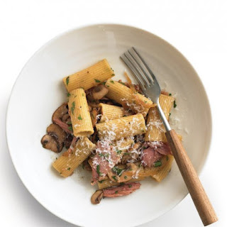 Pasta with Ham and Mushrooms