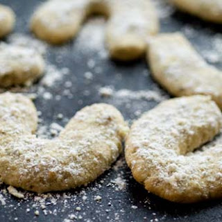 Pepita-lime Crescents