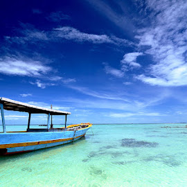 I Love Blue Indonesia by Abdul Aziz - Transportation Boats ( pulautidung, indonesia )