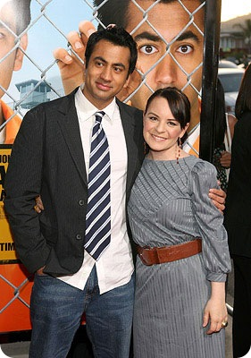 "Actors Kal Penn and Jenna Von Oy arrive at the ""Harold and Kumar"