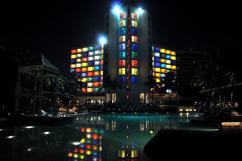 Хард Рок отель в Паттайе ночью