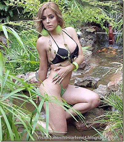 Larissa Riquelme-13