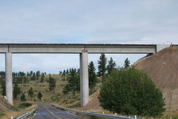 [Chèvres sur un pont[2].jpg]
