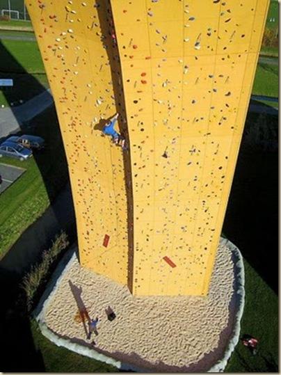 Mur d'escalade plus haut du monde-19