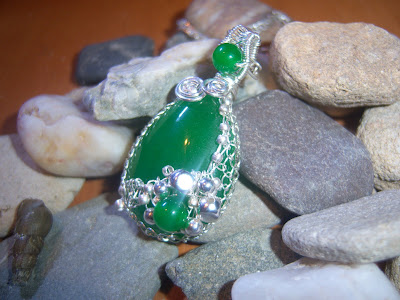 Carats by Carassia Jewelry Green Delight Jade Silver Netted Pendant