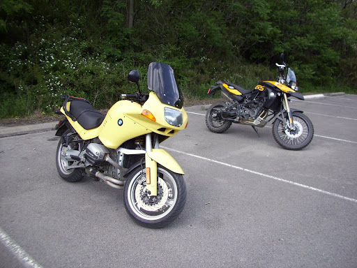 Thats two yellow bikes now.