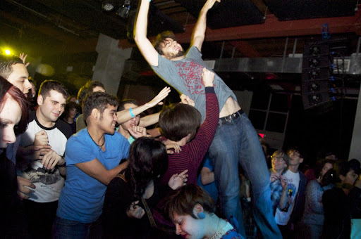 Stage Dive