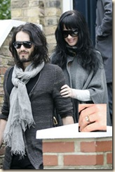 katy-perry-russell-brand-240sc011010