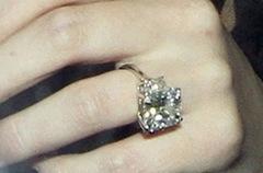 Hilary-duff-engagement-ring-