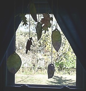 hanging leaf mobile