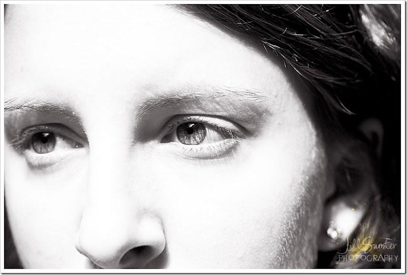 l-g-a-eyes-3490