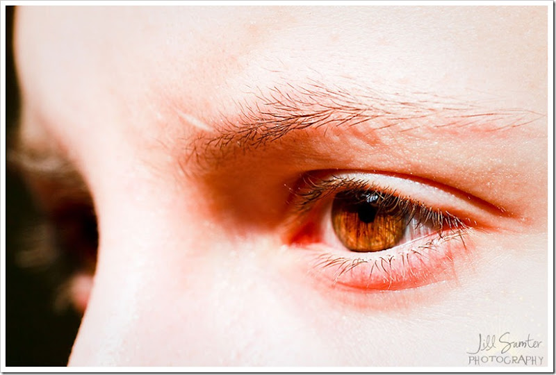 l-g-a-eyes-3487