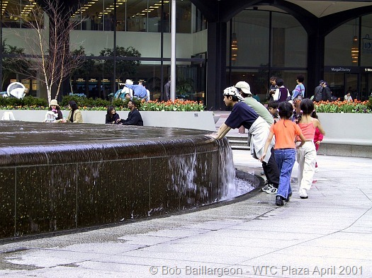 Tourists in Plaza WTC