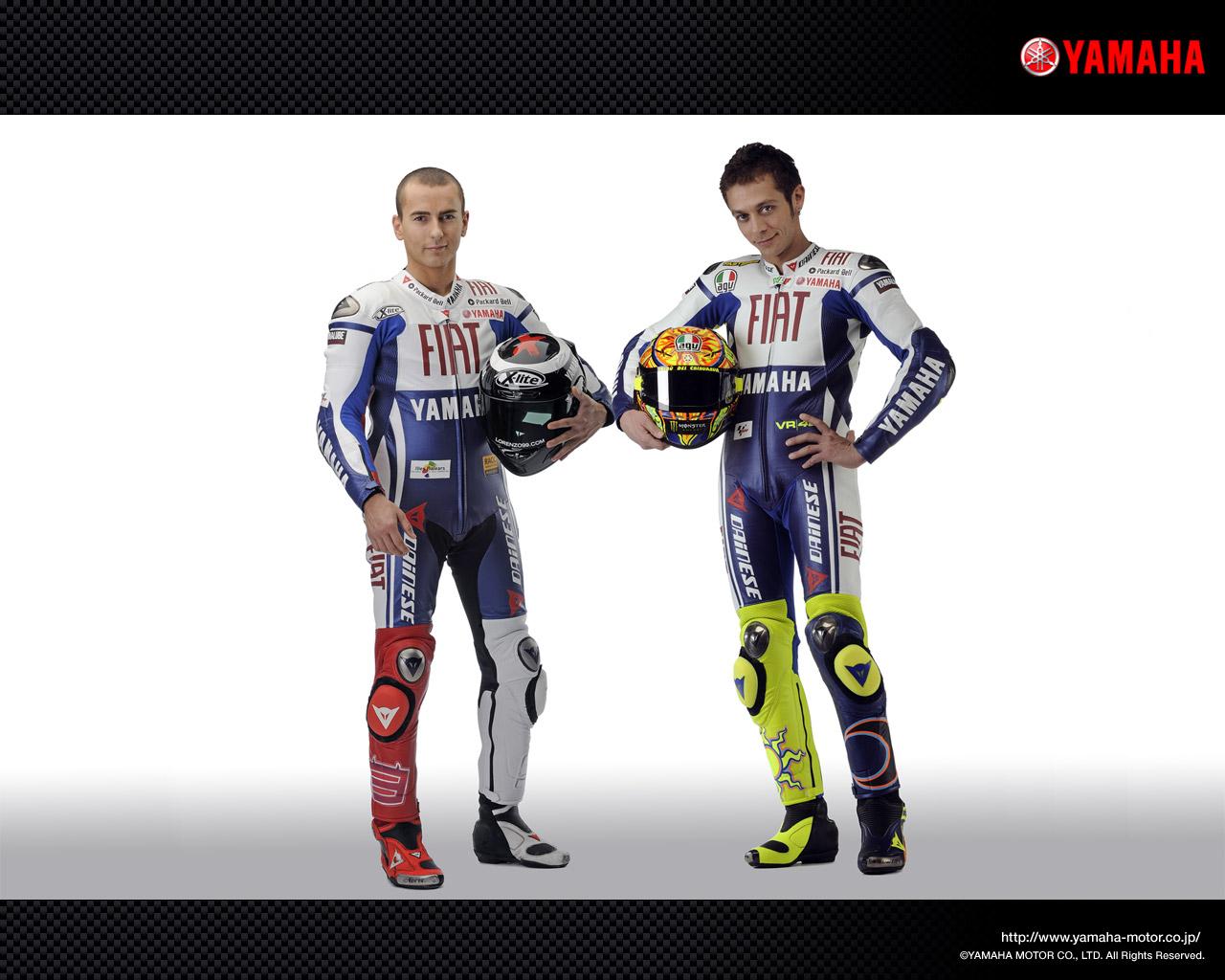 Jorge Lorenzo and Valentino Rossi - MotoGP 2009 Fiat Yamaha Team | Racing Wallpapers