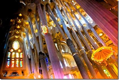 Собор святого семейства в Барселоне (6)