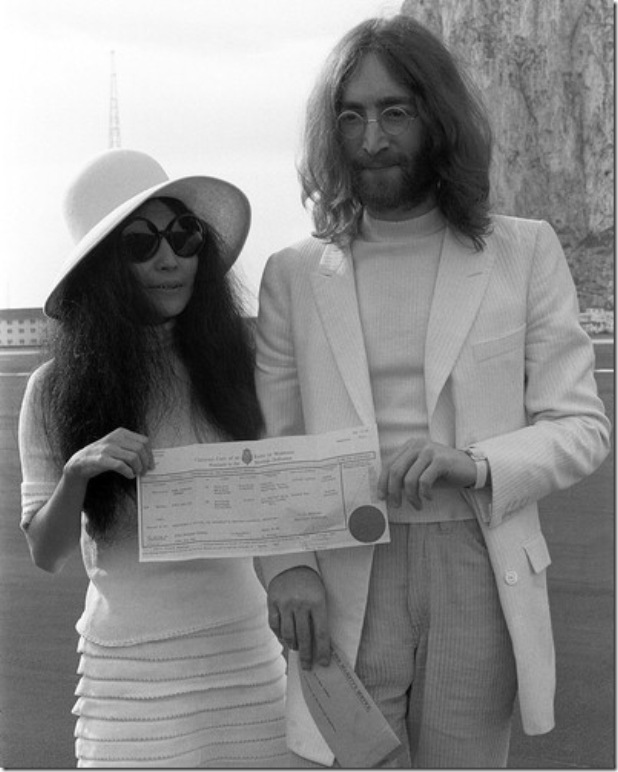 lennon-john-photo-xl-john-lennon-and-yoko-ono-6211100