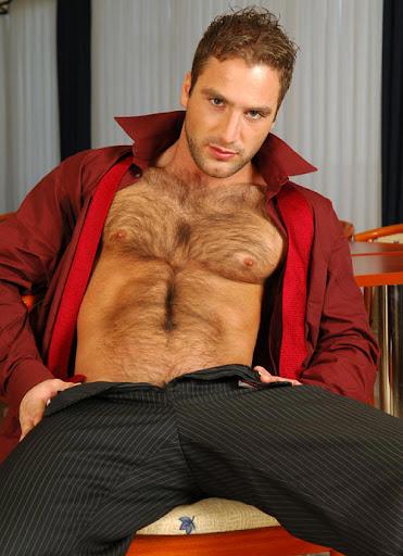 Mathew-Cameron-Sexy-Hairy-Muscle-Hunk-00
