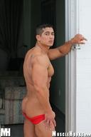 Muscle Hunk - Pepe Mendoza, Pump 'n' Pout