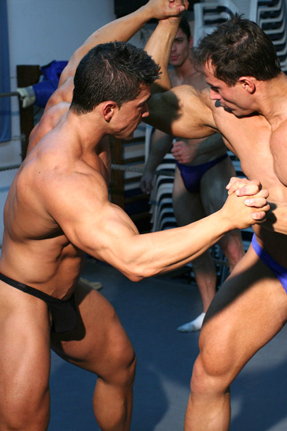 Hot Muscle Hunks Wrestling