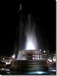 251010_006_Trafalgar_Square_by_Night