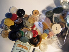 040211_Real_Treasure_Buttons