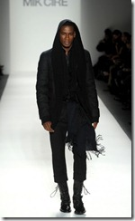 Mik Cire Runway Photos Fall 2011 3
