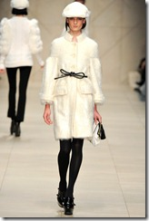 Burberry Prorsum Fall 2011 Ready-To-Wear Runway Photos 44