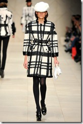 Burberry Prorsum Fall 2011 Ready-To-Wear Runway Photos 52