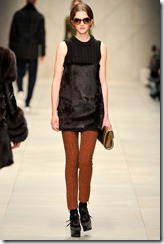 Burberry Prorsum Fall 2011 Ready-To-Wear Runway Photos 25