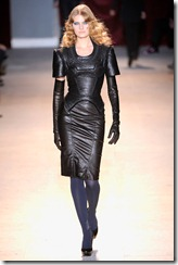 Zac Posen Ready-To-Wear Fall 2011 Runway Photos 15
