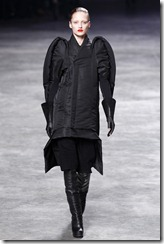 Rick Owens RTW Fall 2011 Runway Photos 31