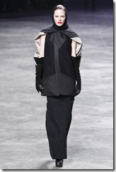 Rick Owens RTW Fall 2011 Runway Photos 4