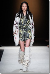 Isabel Marant Ready-To-Wear Fall 2011 Runway Photos 16