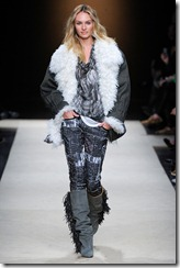 Isabel Marant Ready-To-Wear Fall 2011 Runway Photos 18