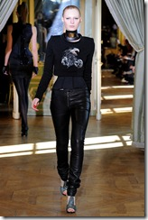 Emanuel Ungaro RTW Fall 2011 Runway Photos 3