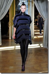 Emanuel Ungaro RTW Fall 2011 Runway Photos 28