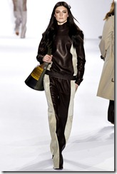 Chloé Ready-To-Wear Fall 2011 Runway Photos 6